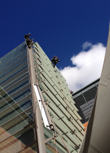 Lifting of louvres with rope access
